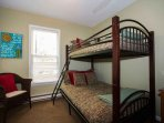 Second bedroom w/bunk bed full on bottom twin on top