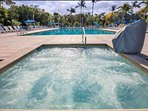 Brand new 14-person jacuzzi and newly renovated pool & deck