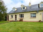 MOUNTAIN VIEW, all ground floor, solid-fuel stove, great walking opportunities
