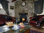 North Pembrokeshire comfortable warm holiday cottage with open fire