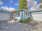 Choose this Petaluma vacation rental cottage as your home away from home!