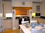 Hand painted Smallbone kitchen with all the mod cons!