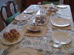 table ready for guests arrival at Easter