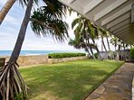 Diamond Head Tiki Estate - Ocean view from backyard