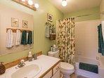 Blanket,Towel,Bathroom,Indoors,Toilet