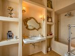 Master Fireplace Suite - bathroom