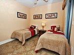 Guest Bedroom 2 - 2 Twin Beds