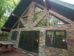 """Arrowhead"" Huge Elevated Deck with Hot Tub, Pool Table, WIFI, Arcade Games"