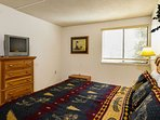 Trails End 310 Master Bedroom Breckenridge Lodging Vacation Rent