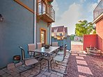 With a lovely private patio and an all-around beautiful, tranquil location, this vacation rental home guarantees a...