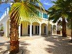 Deluxe Five Bedroom Villa with Pool - Merlot Villas Aruba