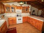 Standard Appliances & Cookware