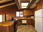 Fully Equipped & Stocked Kitchen