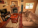 Hearth,Fireplace,Entertainment Center,Home Theater,Indoors