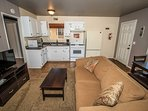 Oven,Couch,Furniture,Chair,Indoors