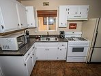 Indoors,Kitchen,Room,Gas Stove,Oven