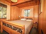 Bedroom 1- Queen Bed- 1st Level