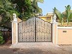 6 BHK villa in a gated compound