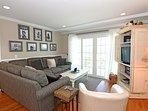 Giggigan's Island - Living Room