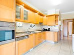 Fully fitted kitchen with range of white goods and quality appliances
