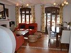 Casa serrana amplia y fresca en el casco urbano de Almonaster la Real. Adaptada movilidad reducida