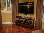 Living Room 2- Huge Flat Screen TV/DVD