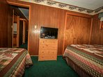 Bedroom 2: TV
