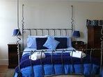 Landseer bedroom