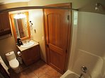 TE52Bathroom1