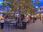 Williamsburg merchants square in the evening