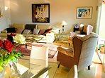 L Shape Livingroom