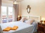 Dormitorio1 y Terraza abierta. (Monte Oroel)