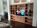 Livingroom 50' TV, DVD player, Netflix, You Tube