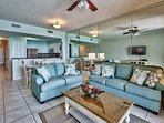 Majestic Sun 912A - Comfortable Living Room Seating