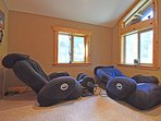 Plus massage chairs to relax