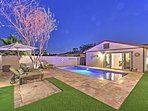 This beautiful 2-bedroom Scottsdale home offers the ultimate desert getaway!