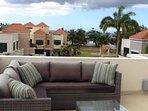 3rd floor patio beach view
