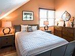 2nd Level Master Bedroom, En Suite, TV and addtional Trundle Bed