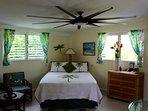 SUITE ALOHA – Remodeled, Romantic Island Retreat