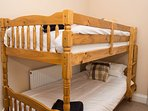 Top floor bunk room (adult bunks)