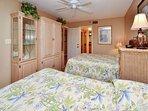 Guest bedroom 1 with 2 Queen size beds