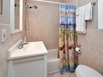 Beautiful bathroom with shower/tub combo