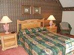 Queen bed in main level