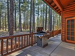 Leave your worries behind and stay at this Pinetop vacation rental cabin!