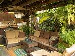 Tropical Oasis!