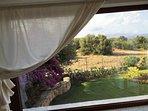 vetrata soggiorno con vista mare