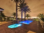 Pool & Jacuzzi with night view