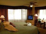 King Suite at The Grand Lodge - Spacious and Stylish Accommodations (1115)