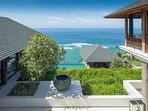 Sohamsa Estate - Villa Soham - Commading view on arrival