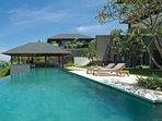 Sohamsa Estate - Villa Soham - Poolside